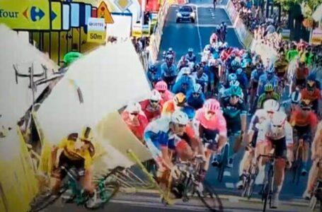 Denuncian a Groenewegen por la aparatosa caída en la Vuelta a Polonia