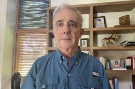 Corte remite a la Fiscalía proceso contra Uribe por masacre de El Aro